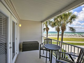 NEW! 1BR Destin Area Condo w/ Ocean Views!