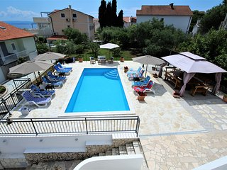 Charming Villa Mendula with pool,100m from beach