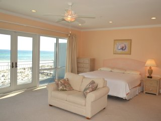 2900+ square foot oceanfront townhouse at White Sands!