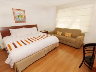 Suites Hipolito Taine  Residence L' Heritage