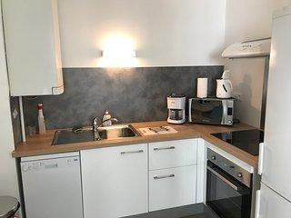 Appartement T2 , Proche marché central, calme,WIFI