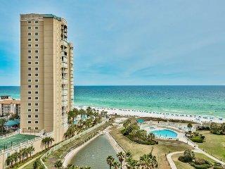 20%OFF MARCH 1-9:GULF VIEW Beach Condo w/FREE Seasonal Beach Service+Pool+Spa
