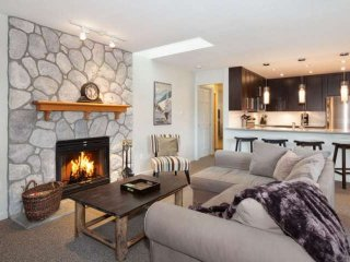 Gleneagles unit #7 Executive 2 bedroom townhouse, Whistler