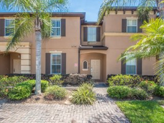 Laurie's Regal Palms Townhouse**, Davenport