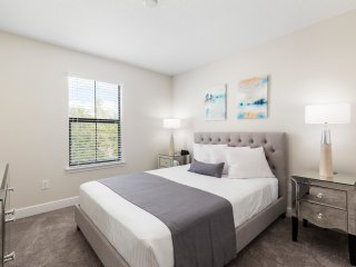 Balmoral Resort 127 Kenny Blvd 3 bed/2.5 bath townhome, Haines City