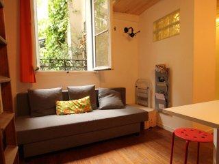 Montmartre Nest apartment in 18ème - Montmartre with WiFi.