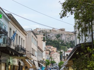 Cute city flat in the beating heart of Athens