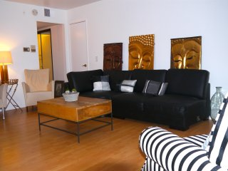 West Hollywood Apartment w/ 2Bed's | 1BA