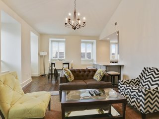 Modern Luxury in Historic French Quarter, 2 Bedroom 2 Bath Suite