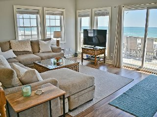 Coast Awhile - Elegant Oceanfront Half Duplex with Stunning views!