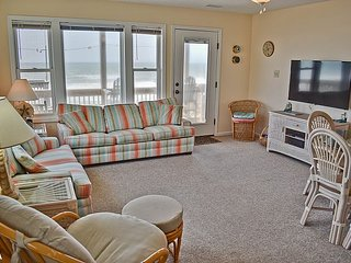 Carolina Joy North - Spectacular Oceanfront View, Beach Access, Near Shopping