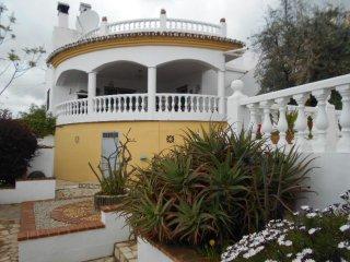 Pretty 2 bed villa, Mondron, Periana
