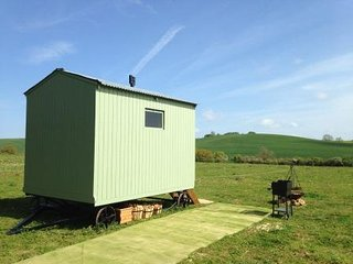 Blueberry Shepherds Huts (The Original Blueberry Hut)
