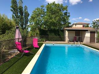 Villa Beauregard; spacieuse villa avec piscine située entre Uzès et Nîmes