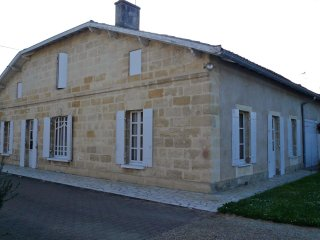 House - 85 km from the beach, Castillon-la-Bataille