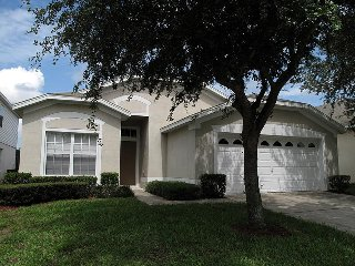 Windsor Palms - Pool Home  4BD/2BA - Sleeps 8 - Platinum