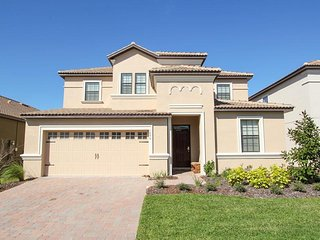 ChampionsGate   Pool Home 7Bed/5Bath   Sleeps 14   Gold - RCG730