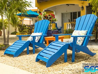 Treasure By The Sea Bonaire KAS DI AMIGU 1 Bedroom Steps to Sea Walk to Town, Kralendijk