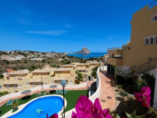 3-bedroom bungalow in Calpe with a panoramic sea view!