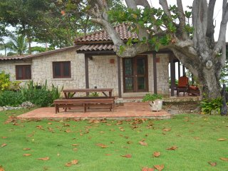 Villa Lazy Heart - 10.5 Acre Oceanfront Estate ~ RA128373, Cabrera