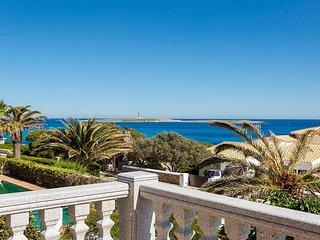 Villa con vistas cerca de la playa