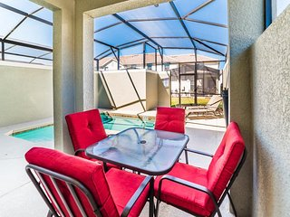 Gorgeous Resort Community, New Townhome, Private Pool, Near Disney, BRL4801