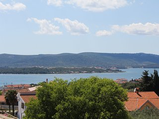 Apartments Kelc - Comfort Two Bedroom Apartment with Sea View Balcony, Sveti Filip i Jakov