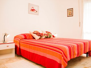 Apartment with balcony near the historical center, Pisa