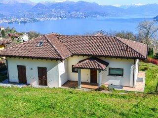 Lake Maggiore view villa Stresa