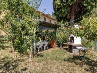 Soggiorno nell'Appennino con ampio giardino privato