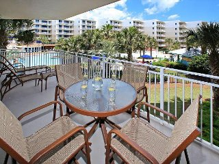 B210!OPEN 7/15-22 ONLY $3275 TOTAL!! 2ND FLR UNIT!!FREE BEACH SERVICE!!