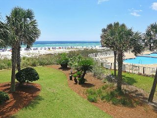 B203!! OPEN 4/14-21 NOW ONLY $1395 TOTAL! FREE BEACH SERVICE!