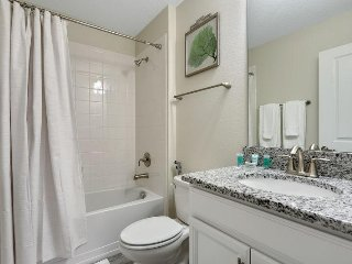 Championsgate Resort - 5BD/5BA Pool Home - Sleeps 10 - Gold