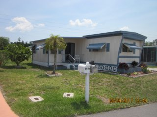 Pet Friendly 2bed/2 bath Home in Holiday Park,  North Port, FL  (55+ community)