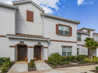 Championsgate Resort - 4BD/3BA Town House - Sleeps 8 - Gold