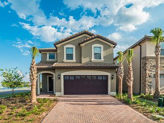 Westside Resort - 6BD/5BA Pool Home - Sleeps 12 - Platinum - RWS606