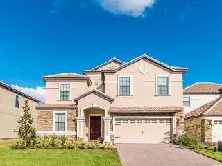 ChampionsGate - 9BD/5BA Pool Home - Sleeps 18 - Platinum - RCG943