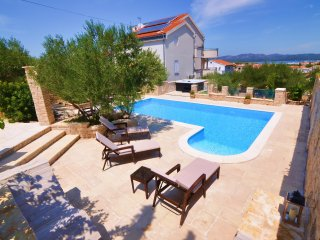 Villa Kos - A-4, Apartment for 2-4, with Swimming pool (4+0)