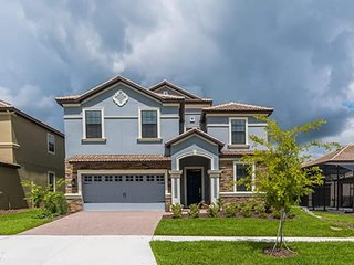 ChampionsGate - 9BD/5BA Pool Home - Sleeps 19 - Platinum - RCG940