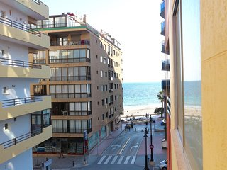 Studio apartment in the centre of Calpe just 50 meters from the sea !