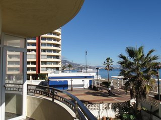 Right on the Beach! 2 bedroom 2 bathroom charming apartment