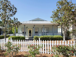 Enjoy the Serenity at Saltwater Revival = Seagrove Beach, 3bd/2ba Close to beach