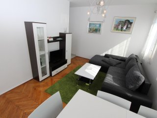 NIVES One-Bedroom Apartment with Balcony