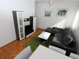 NIVES One-Bedroom Apartment with Balcony, Rovinj