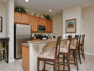 Paradise Palms - 5BD/4BA Town Home - Sleeps 12