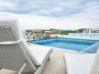 PENTHOUSE FOR FAMILIES, CLOSE TO THE 5TH AVENUE AND MARTINA BEACH