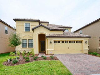 Championsgate - 6BD/6BA Pool Home - Sleeps 14 - RCG6906