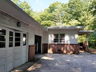 3BD 2BA RANCH / TRYON Equestrian Center 10 mins
