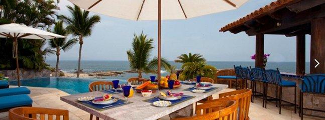3 BR Luxury mesmerizing ocean front Villa in Conchas chinas, Puerto Vallarta