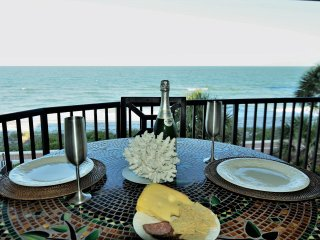 Elegant Beach Front Penthouse on Desirable Belleair Beach, FL 2B/2B